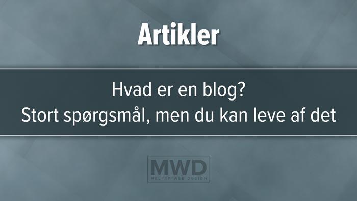 """Udvalgt billede til artiklen; Hvad er en blog?"""" med overskriften; Web-ordbogen. Grå-blåt design med tre horisontale felter, mørkest i midten."""